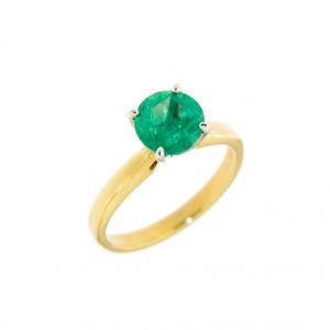 photo of an emerald engagement ring