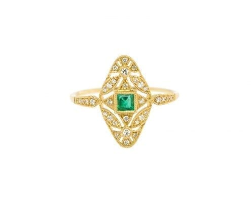 emerald and diamond fashion ring in yellow gold