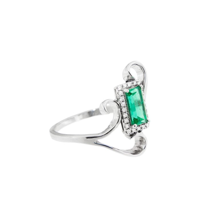 Emerald Halo Fashion Ring side view.