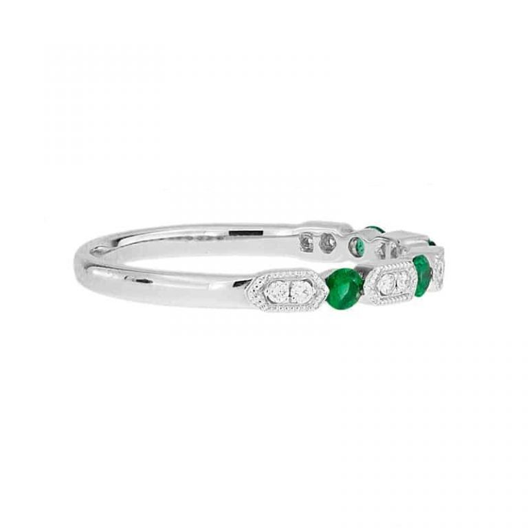 Milgrain Style Emerald And Diamond Wedding Band Ring side view.
