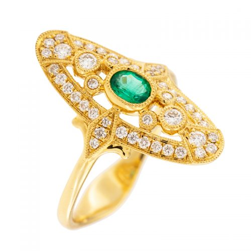 Oval Emerald Ladies Ring with Diamonds in Yellow Gold